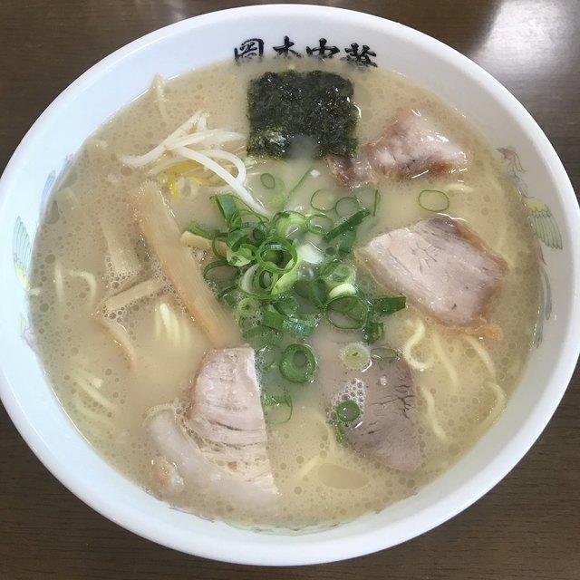 岡本中華 小松島本店>