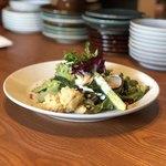 97604180 - 自然栽培野菜のサラダ&大府産レッドムーンのアンチョビポテト、西尾産ゴーヤと空芯菜の和え物&レンズ豆