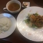 欧風食堂Kaede - 本日のおすすめランチ:サーモンのフリット ジンジャーマヨネーズソース