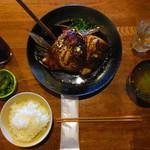 97623678 - 『本日のカマ煮』、味付けも良くて美味しかった。