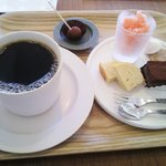 パティスリー アン - コーヒーとおやつセット