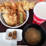 小田原港 わらべ - 天丼(竹)、カルピス