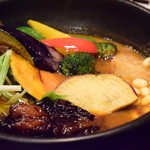 Rojiura Curry SAMURAI. - 【侍.まつり(3種)@1,580円】3種のトッピングは、牛すじ煮込み / さくさくブロッコリー / ザンギ。牛すじ煮込みのみ、カレーの中に。