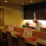 おかやまの味藤ひろ - カウンター席