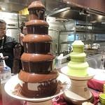 97638520 - チョコレートフォンデュタワー