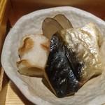 97644657 - 秋鯖塩焼き、牛蒡田舎煮、ちくわ揚げ煮、人参バター炒め