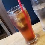 ランチョ・エルパソ - セットのウーロン茶です。