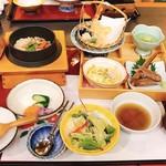 八幡太郎本店 - かに釜飯御膳