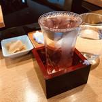 97660092 - 日本酒を頼んだ客には全員に富山の「満寿泉」を。辛口ながらコクがありました。