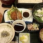 日本酒スローフード とやま方舟 - 湯豆腐はこんな感じです