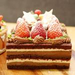 チャヤ ナチュラル&ワイルドテーブル -  嘉山農園 苺のチョコレートショートケーキ
