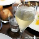 ビストロ オレイユ - スパークリングワイン