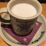 コメダ珈琲店 - ホットミルク