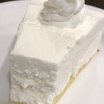マドンナー - レアーチーズケーキの断面