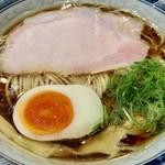 中華そば 無限 - 近江黒鶏の丸鶏100%の中華そば
