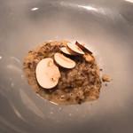 クッチーナ イタリアーナ ガッルーラ - 黒トリュフとチーズのリゾット