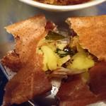 97691771 - ドーサの中身はスパイシーでしっとり美味しいマサラ