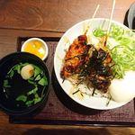 とりどーる - 料理写真:月見鶏丼 2018.11