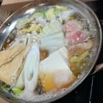 酒呑んで飯食って蛙之介 - 痛風鍋(980円税抜)