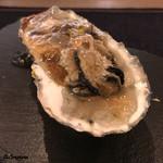ビストロ ノアキ - 殻牡蠣の冷製ジュレ仕立て
