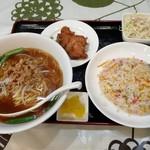 中華料理 紅福 - 料理写真:チャーハン定食です。(2018年11月)