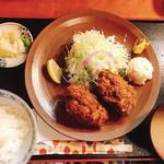 三友 - カキフライ定食