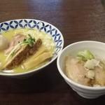 麺場ニ寅  - 特製濃厚白湯らーめん¥1050・チャーシュー豚丼¥250