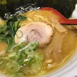 麺家 花一 本店 - 料理写真:醤油豚骨・並盛