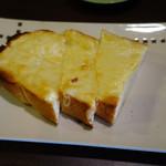 珈琲工房てらまち - チーズトースト