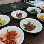 97713340 - 1809_Korean Restaurant Bi Chae Na Sentul_付き出しキムチは豊富!