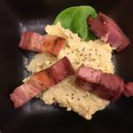 牛たん 荒  - 厚切りベーコンのポテトサラダ(550円)