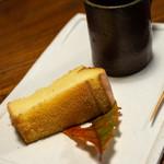 旅舎右馬允 - 2018.11 山椒オイルのシフォンケーキ、コーヒー