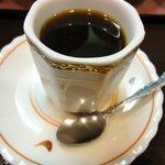 9774946 - サービスのコーヒー カップに持ち手がない・・・・