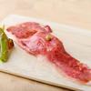 なっぱjuicy - 料理写真:黒毛和牛霜降のサーロインかなり大きめ炙り寿司