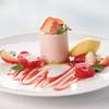 サロン・ド・テ ロザージュ - 料理写真:期間限定のオリジナルスイーツ