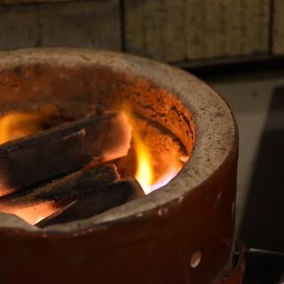 【炭火で焼き上げるから旨い】七輪坂井・炭火へのこだわり