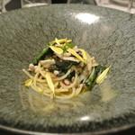 リストランテ カノフィーロ - 真イカと生海苔、ほうれん草のアーリオオーリオ スパゲッティ