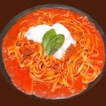 ルージュトマト - 温玉ミートソース