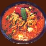 ルージュトマト - パルメザンチーズとモッツァレラとジェノベーゼのトマトソース