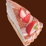 ルージュトマト - イチゴのティラミス