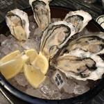 リアン - 料理写真:生牡蠣は室津の。