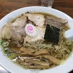 うれっ子 - ラーメン(¥570)+大盛(¥100)