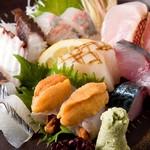 博多 ほてい屋 - 料理写真:刺身の盛り合わせ9種 980円
