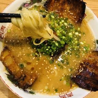 泉屋 - 料理写真:炙りチャーシューメン