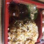 ぶっかけちゃいな - パラパラシンプル炒飯と肉団子