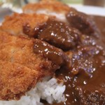 カレー専門店 横浜 - カツカレー