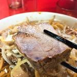 ラーメン二郎 - 肉
