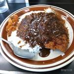 お食事処 さと - 料理写真:もちぶたカツカレー
