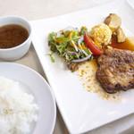 丸太小屋レストラン  びんずる - ジンジャーポークソテー1,100円+ライス・スープ250円