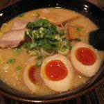 麺 みの作 - 味玉味噌麺